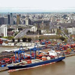 Transporte de cargas: El puerto de Buenos Aires y una política para el transporte.