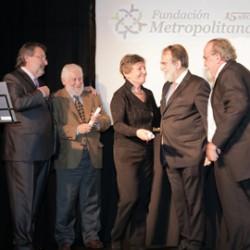 Reconocimiento de la Fundación Metropolitana a Margarita Charrière