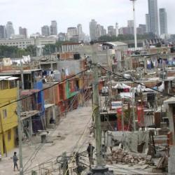 Urbanizar villas y aliviar el déficit habitacional, entre los objetivo