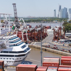 """Buenos Aires no va a ser un puerto de transbordo"": Jan Hoffmann"