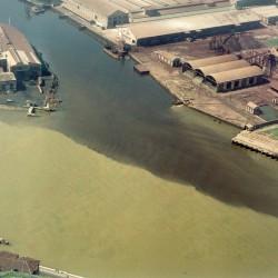 Salvar al Riachuelo: las lecciones que dejó el saneamiento del Rin y de otros ríos contaminados