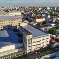 Aprueban el convenio para sacar la cárcel del barrio de Devoto
