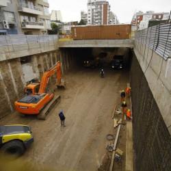 Abren dos túneles y un puente para mejorar el tránsito en distintos barrios