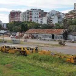Nación da a un empresario tierras de la UNSAM para relocalizar una playa de maniobras de San Martín
