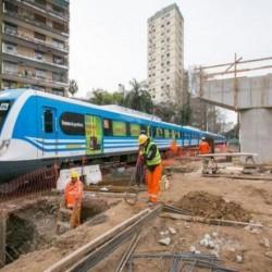 Avanzan las obras para elevar las vías del ferrocarril Mitre