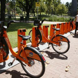 Con mejores bicicletas pero pocos usuarios, arrancó el nuevo sistema de Ecobici porteño