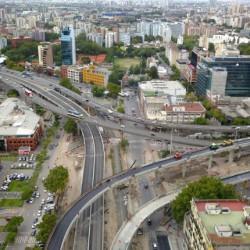 La legislatura porteña votará el remate de inmuebles en la Villa 31, Balvanera, Chacarita y Mataderos para costear el Paseo del Bajo