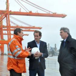 Trabajadores del puerto de Buenos Aires en alerta por un proyecto de Taiana que privilegia a La Plata