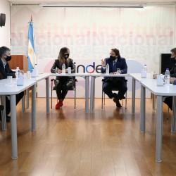 Convenio entre el INDEC y AySA para producir más información sobre el acceso al agua y al saneamiento en el Área metropolitana de Buenos Aires