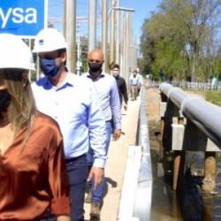 Malena Galmarini y Ariel Sujarchuk recorrieron un acueducto que beneficiará a 490.000 vecinos y vecinas de Escobar
