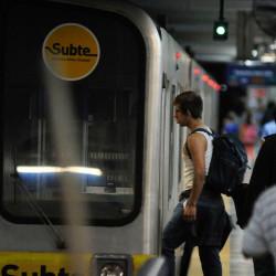 Subte porteño: renovaron la concesión y Metrovías será el operador doce años más
