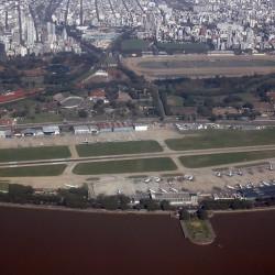 Qué pasa con el Aeroparque porteño: los motivos detrás del cierre ahora extendido y qué es lo que cambiará con su regreso