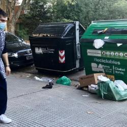 Con más contenedores verdes y recolección puerta a puerta, buscan que más gente separe la basura en la Ciudad