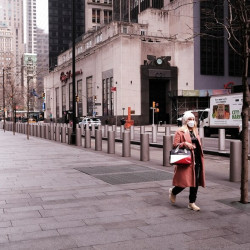 Manhattan transformada: el 90% de los trabajadores hacen home office y las oficinas se vacían