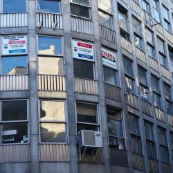 Microcentro - Cada vez tiene más oficinas vacías y se ocupan las de los barrios