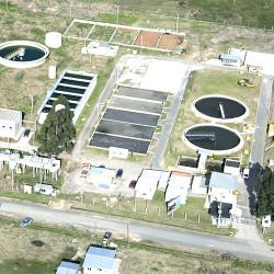 Alberto Fernández inaugura una planta depuradora de AYSA