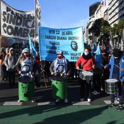 """Toma de Guernica: los desalojados le exigen al gobernador Axel Kicillof """"que cumpla sus promesas"""""""
