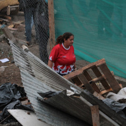 Villa 31: La oscura trama de contratos de consultoría para la lenta urbanización y el más que acelerado desalojo de las mujeres